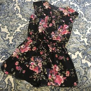 Floral Capped Sleeve Romper